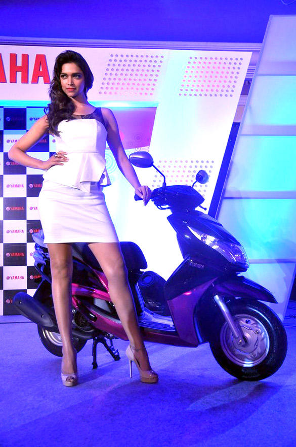Deepika Padukone Poses With Scooter At Yamaha Scooters Event