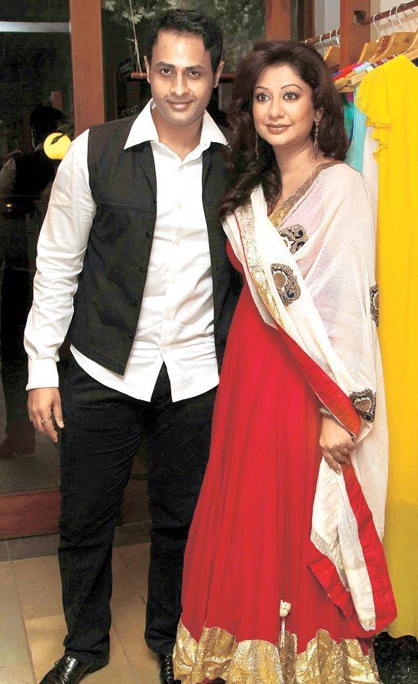 Manoje Biddvai and Ravee Gupta Make a Rare Appearance