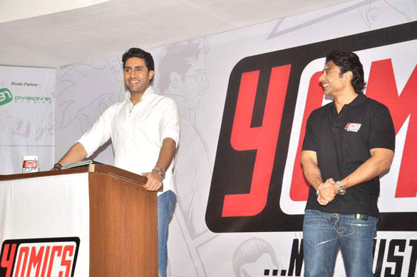 Abhishek and Uday Having A Laugh During Yomics Launch