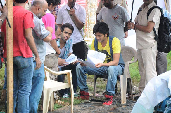 Tusshar and Riteish On The Sets Of Pavitra Rishta