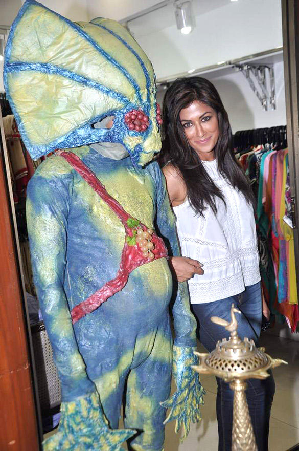 Chitrangada Promote Joker With Aliens in Mumbai