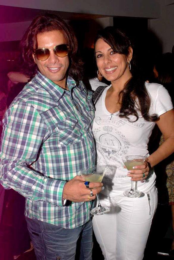 Akashdeep Saigal and Pooja Bedi With Wine Glass at Amadeus Anniversary Bash