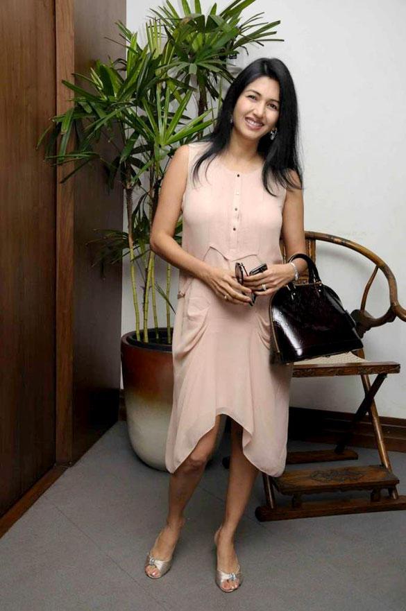 Deepti Bhatnagar Sweet Still at Anniversary Bash of Amadeus
