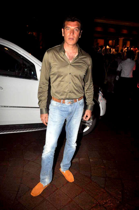 Aditya Pancholi Spotted at Baba Siddique Iftar Party