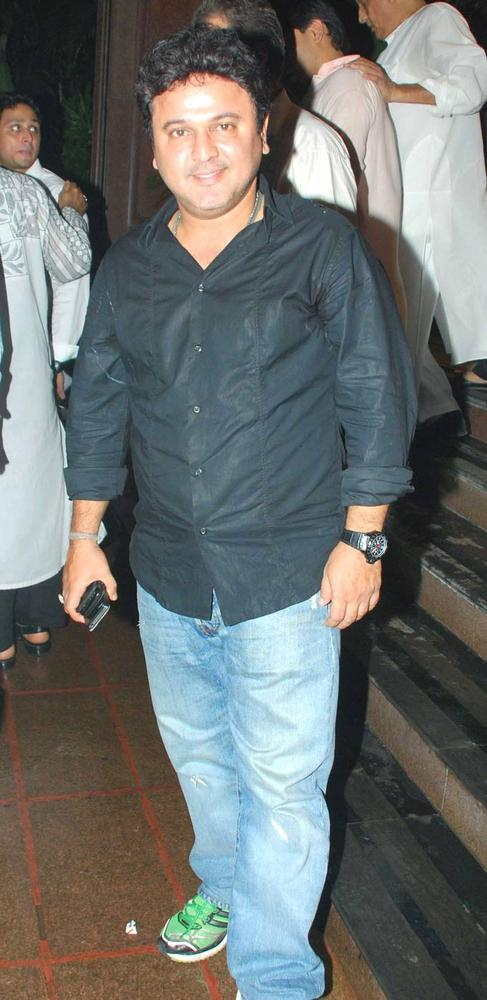 Ali Asgar at Baba Siddiqui Iftar Party