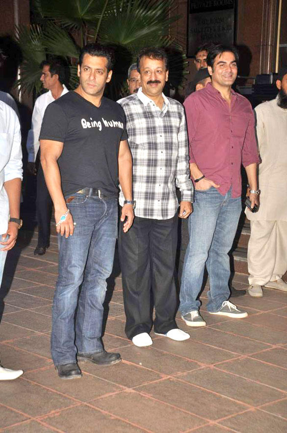 Arbaaz and Salman at Baba Siddique Iftar Party