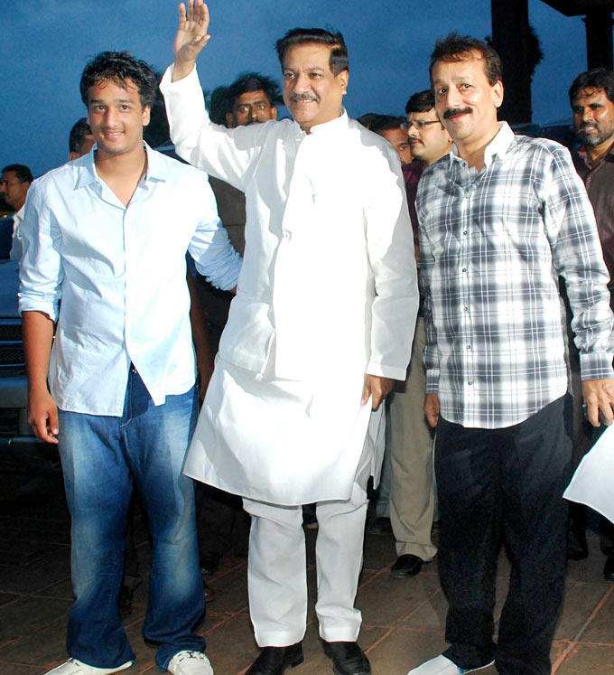 CM Prithviraj Chavan with Baba Siddiqui with son Zeeshan at His Iftar Party