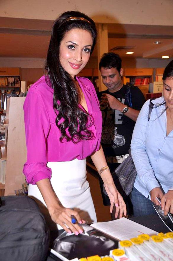 Malaika Arora Sweet Look During Mercedes Benz Magazine Launch Event