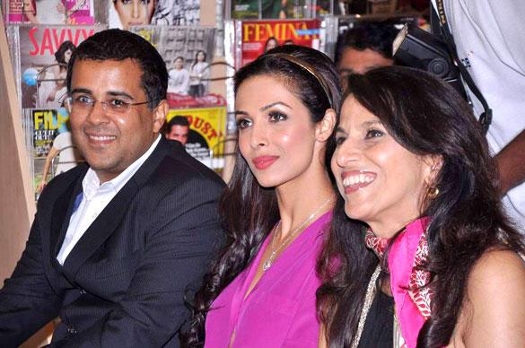 Malaika,Shobha De and Chetan Bhagat at the Mercedes Benz Magazine Launch
