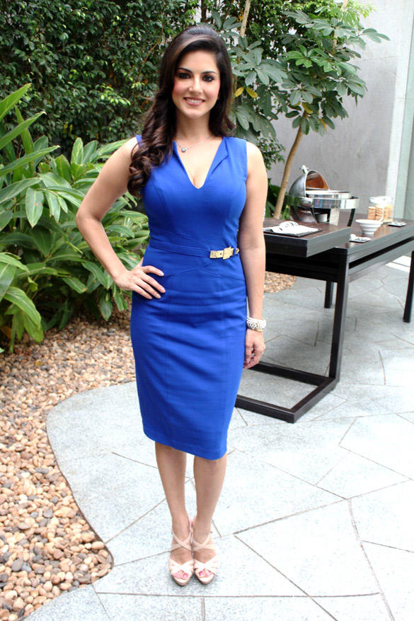 Sunny Leone Snapped For Her Upcoming Movie JISM-2 Promotional Event