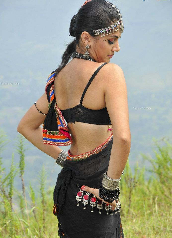 Taapse Pannu Spicy Figure Expose Photo Shoot