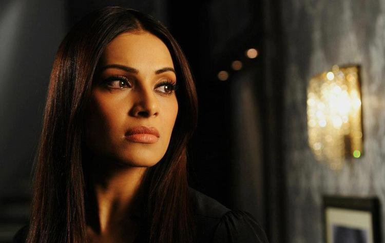 Bipasha Basu A Still From Raaz 3