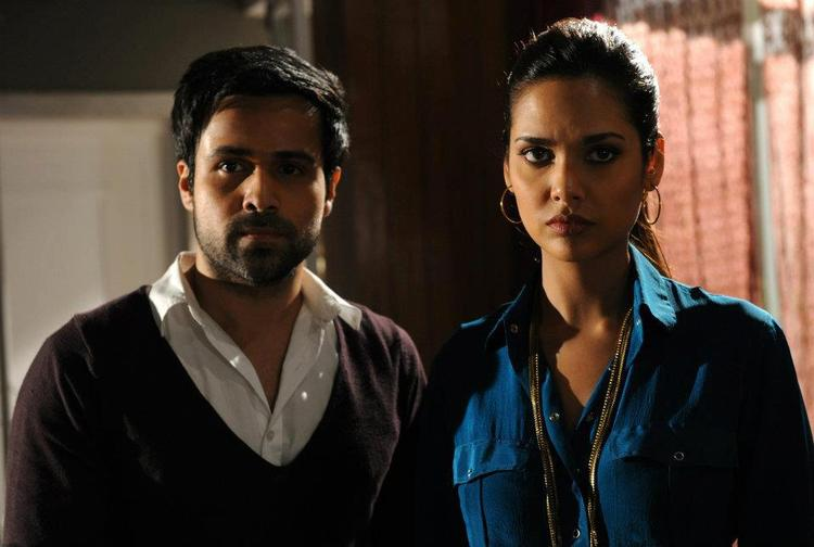 Esha Gupta and Emraan Hashmi In Raaz 3 Movie