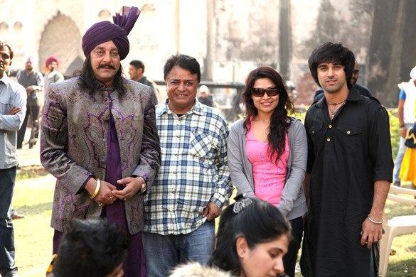 Sanjay Dutt Nice Look at Son Of Sardar Shooting Set