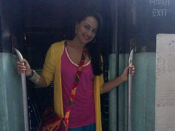 Sonakshi Spotted at Chandigarh For Son Of Sardar Shooting