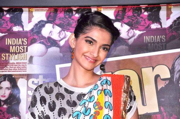 Sonam Cute Smile Pic During Star Week Magazine Launch Party