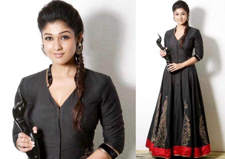 Nayanthara Black Dress Nice Still With Award