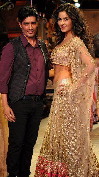Katrina Walks The Ramp For Manish at Delhi Couture