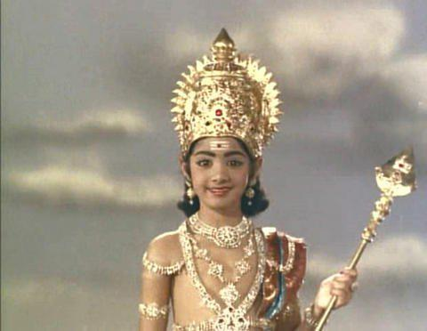 Sridevi Kapoor Cute Look In Thunaivan Movie