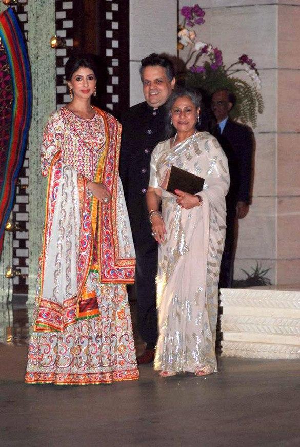 Jaya With Shweta at Nita and Mukesh Ambani Party Hosted For Abu and Sandeep