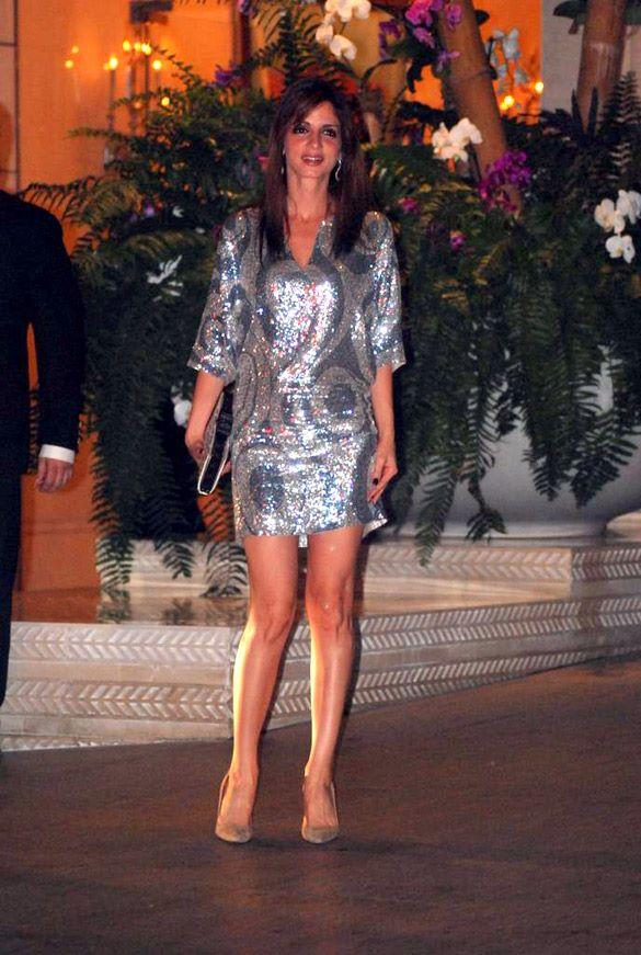 Suzanne Was Looking Glamorous in a Blingy Silver Dress at Nita and Mukesh Ambani Party