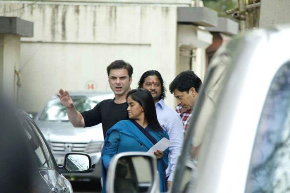 Sohail Khan Arrives at Salman Khan's Eid Party in Mumbai