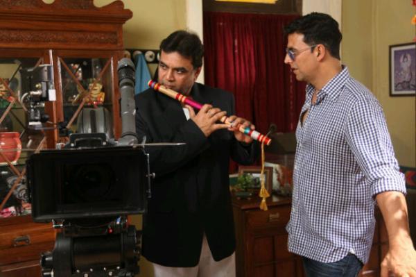 Akshay Kumar and Paresh Rawal A Still From OMG Shooting Set