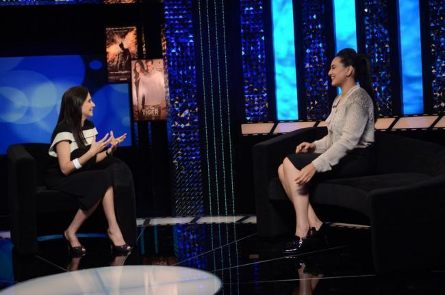 Anupama Chopra With Sonakshi Sinha on The Front Row