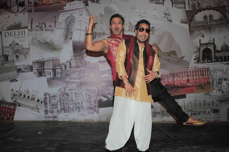 Vivek and Mika Strikes a Pose On Set Of Kismet Love Paisa Dilli