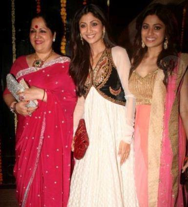 Shilpa Shetty and Shamita Shetty with Her Mother Graces Ekta Kapoor's Diwali bash