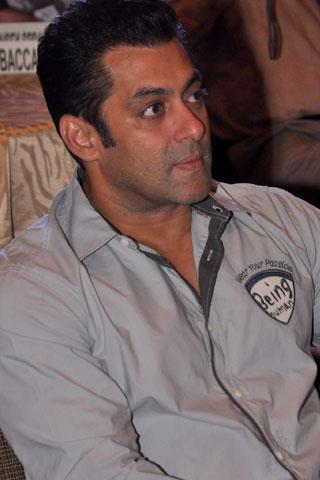 Salman Nice Look at The 10 year Celebration of The Magic Bullet