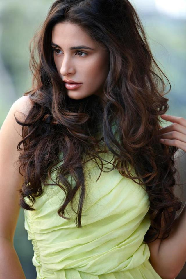 Nargis Fakhri New Parachute Advanced Hot Oil Ad