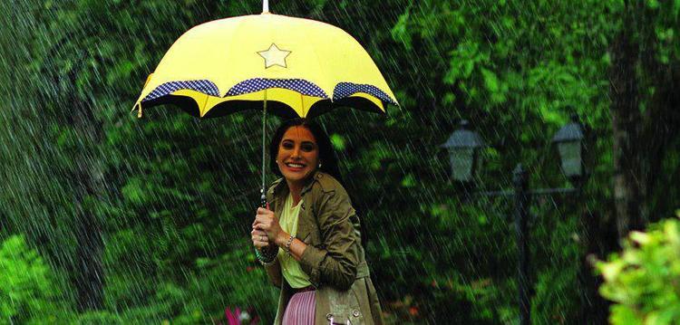 Nargis Fakhri Shoot For Parachute Advansed Ad