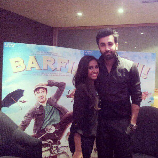 Ranbir Kapoor Pose With A Fan At The Press Junket For Barfi