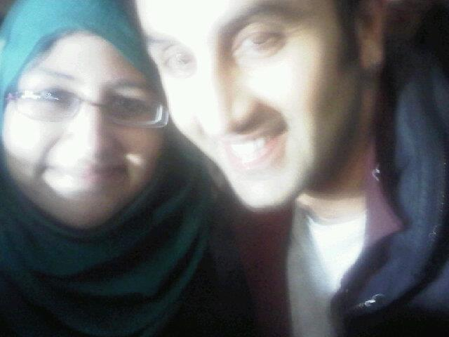 Ranbir Kapoor Pose With A Fan During The Promotion Of Barfi