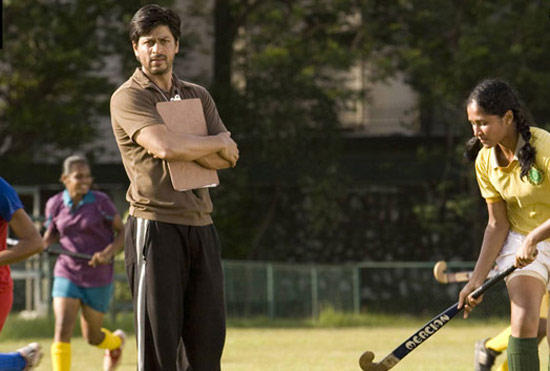 Shahrukh Played as Hockey Coach Kabir Khan In Chak De India,Based On The Real Life Story of Mir Ranjan Negi A Former Hockey Player Of The National Team