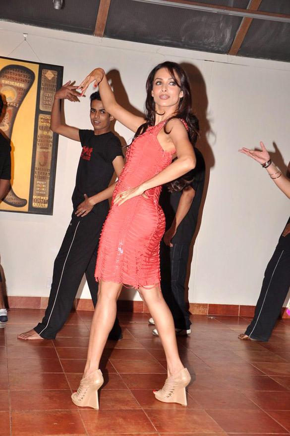 Malaika Arora Dance at Strut Dance Academy's 1st Anniversary Bash