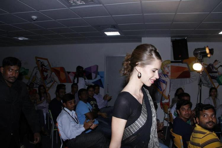 Kalki Koechlin Spotted at The Launch Of Star N Style