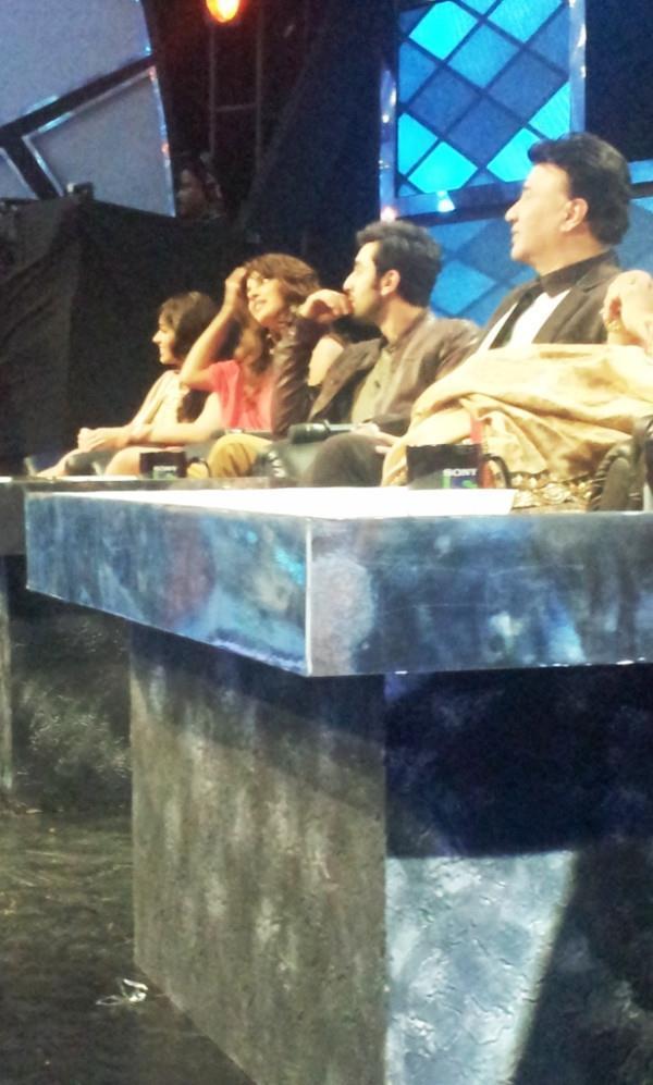 Priyanka,Ranbir,Ileana and Anu at Indian Idol Reality Show