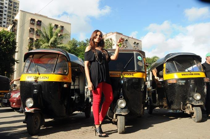 Bipasha Ties Chillies and Lemons To Auto Rickshaw Dashboards For Raaz 3 Promotion