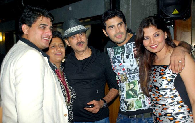 Deepshikha and Keshav With Other Celebs During Raqesh Vashisth Birthday Party