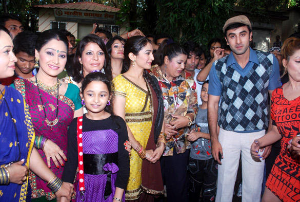 Ranbir On The Sets Of Taarak Mehta Ka Ooltah Chashmah To Promote Barfi