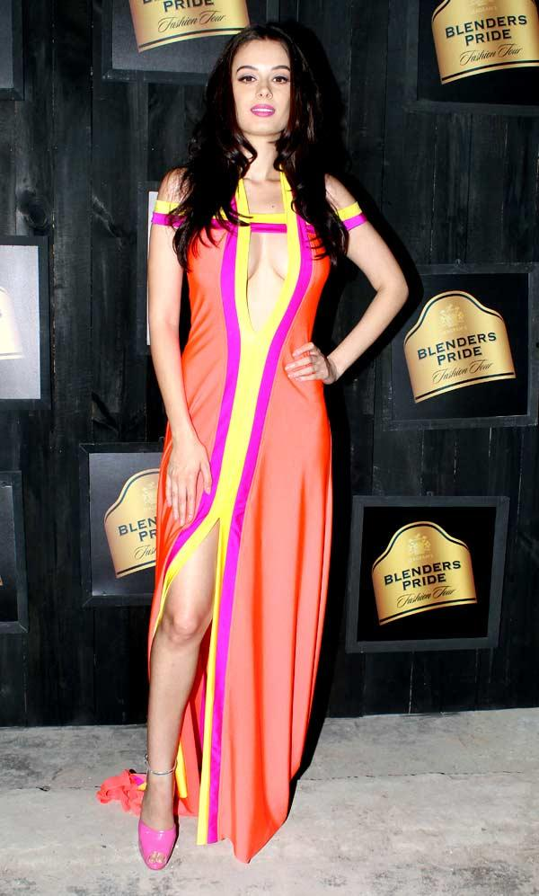 Evelyn Sharma Poses During A Media Preview of Seagram's Blenders Pride Fashion Tour 2012