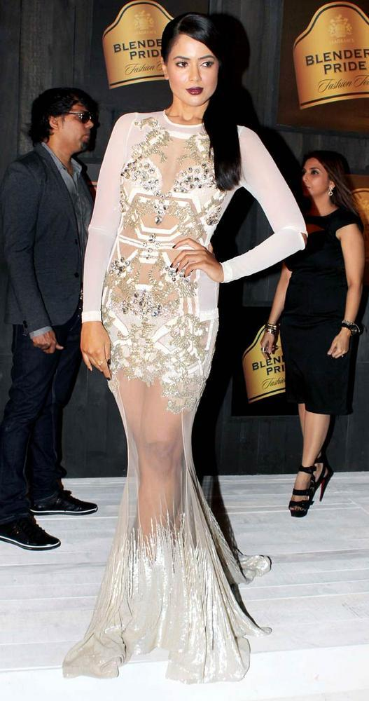 Sameera Reddy Latset Sexy Pose at Blenders Pride Fashion Preview Tour 2012