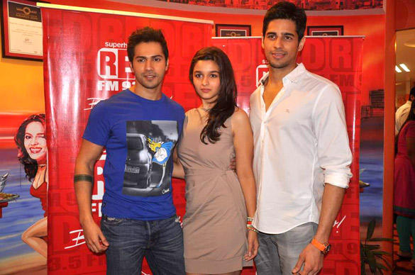 Siddharth,Alia and Varun Pose During Red FM 93.5 For Student Of The Year Promotion