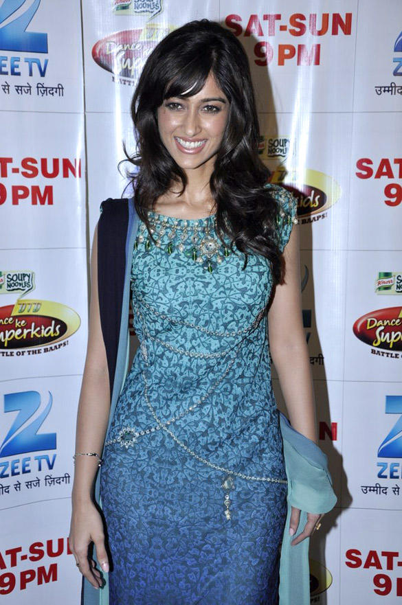 Ileana Dcruz Looking Good In This Dress On the Sets Of Dance Ke Superkids Show