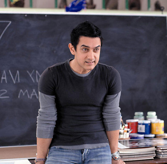 Aamir Khan Plays as Charming,Helpful Teacher in Taare Zameen Par