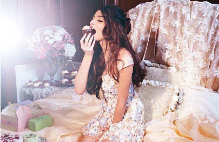 Bollywood Fashionista Sonam Promoted Budding Designer Shehla Khan