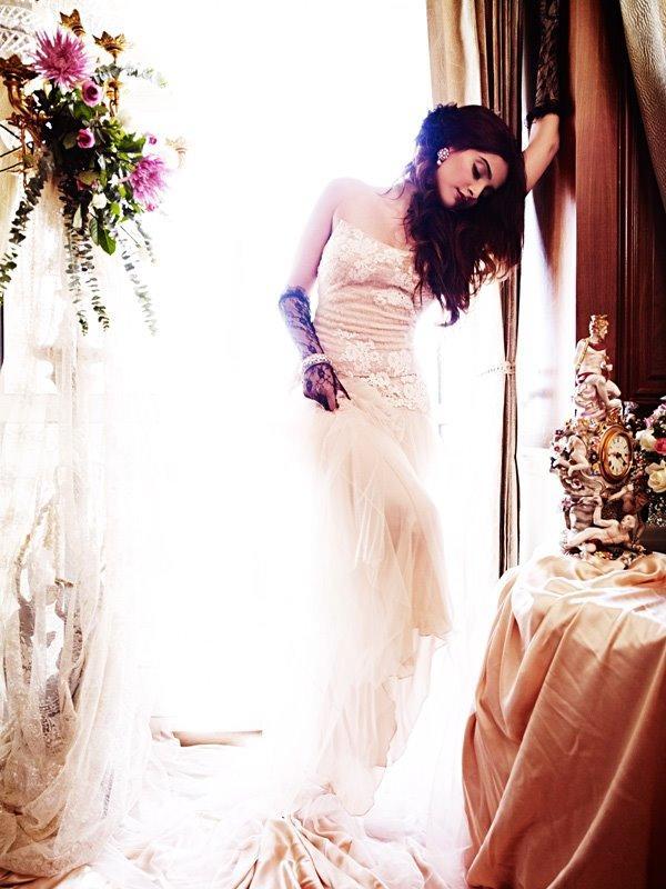 Sonam Kapoor Deadly Pose Shoot For Designer Shehla Khan