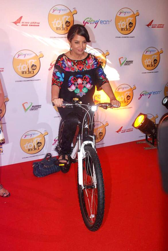 Shabana Azmi at Godrej Eon's Cycling Event